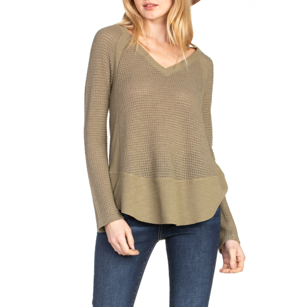 V-Neck Long Sleeve Round Sweep Knit Top